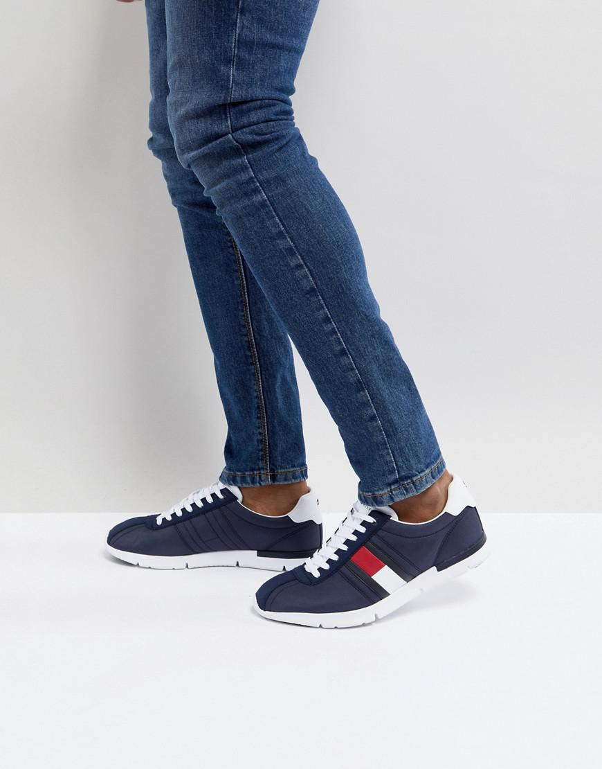 1cf898a4deca Lyst - Tommy Hilfiger Retro Lightweight Trainers Icon Flag In Navy ...
