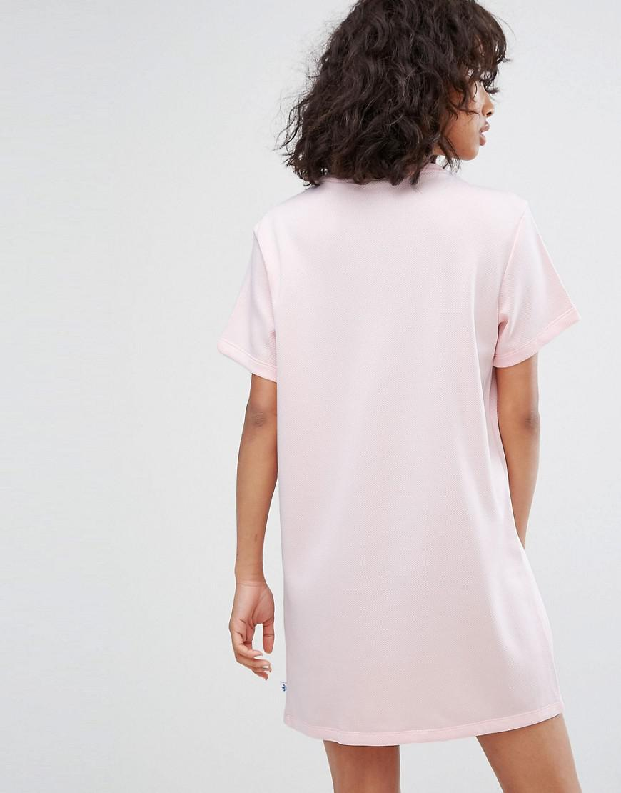 Lyst - adidas Originals Originals Trefoil Tee Dress In Pale Pink in Pink d8f934d0f