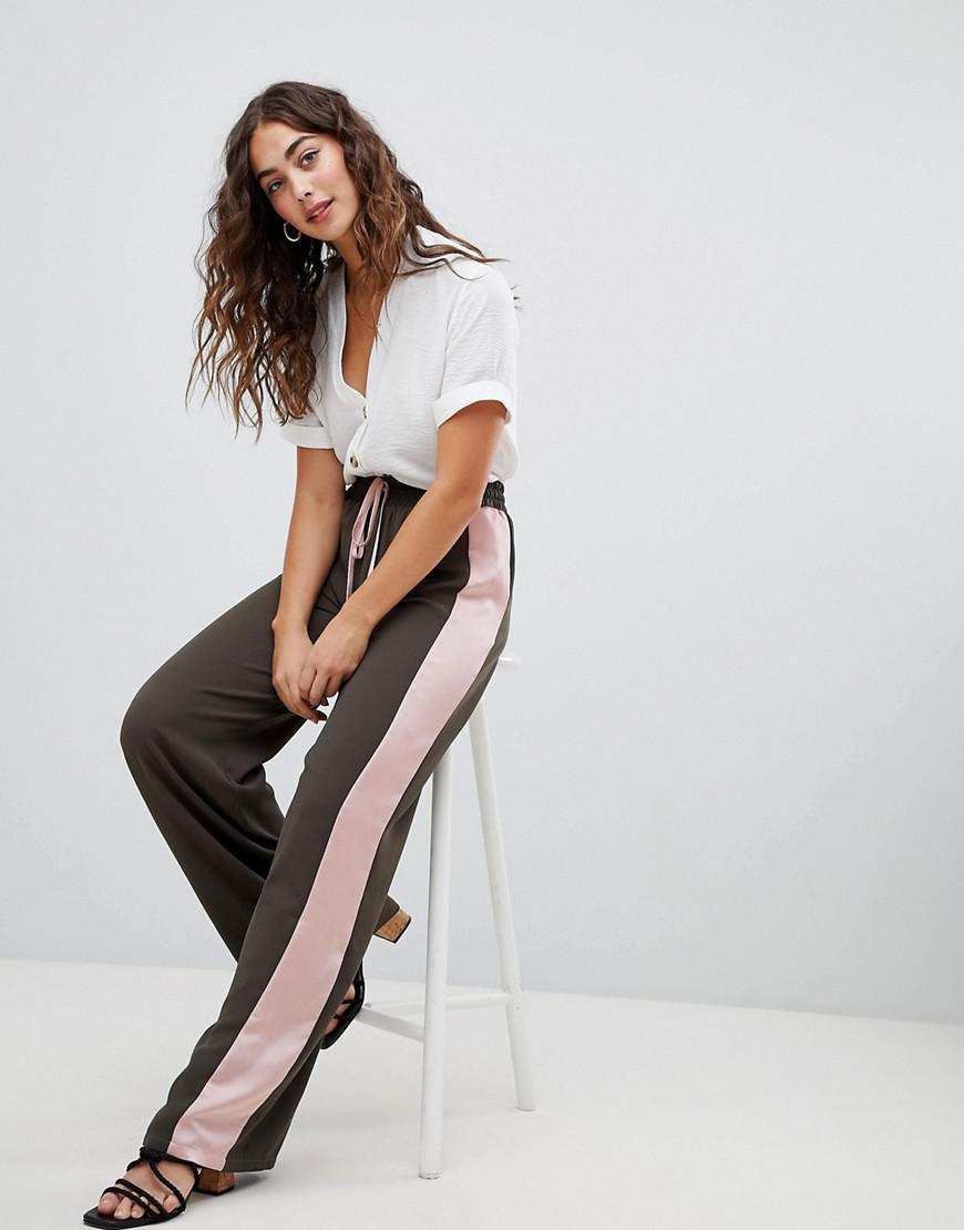 Lyst - Pantalon de jogging habill avec bande en satin sur le ct ... 3e47a00bb1b4