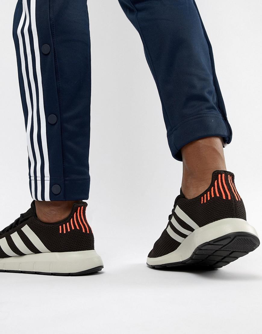 4ccba8fffdf3 Lyst - adidas Originals Swift Run Sneakers In Black B37730 in Black for Men