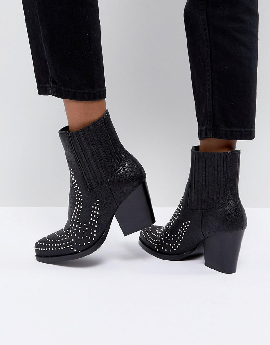 46539b5c6ec3 Prettylittlething Studded Western Ankle Boot in Black - Lyst