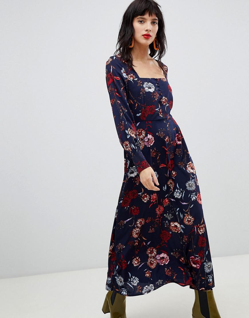 amazon arriving latest discount Robe longue à fleurs avec encolure carrée Vero Moda en coloris Blue