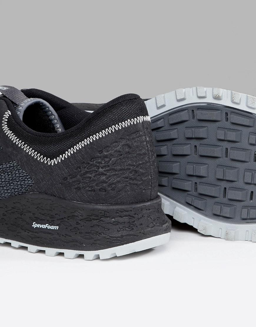 Asics Running Trail Alpine XT Sneakers In T828N-9716