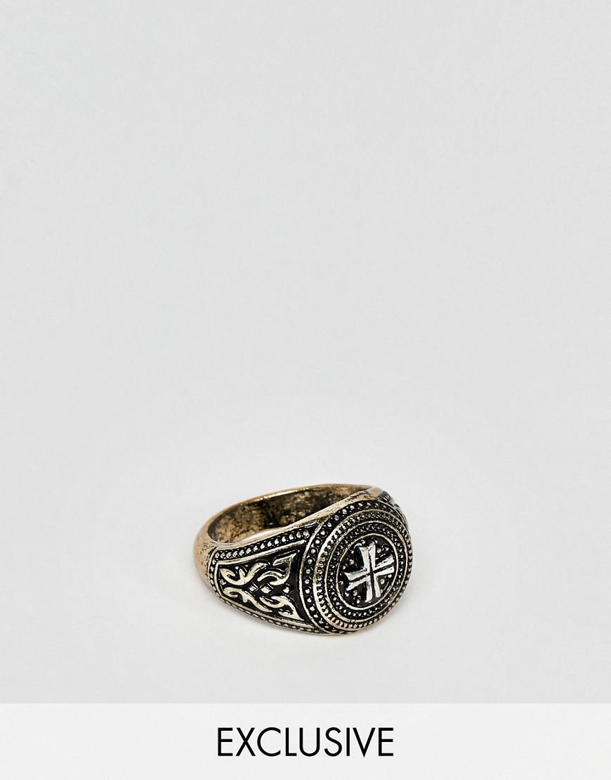 Reclaimed Vintage inspired ring with snake design and stones in silver exclusive at ASOS - Silver wteprt11Y