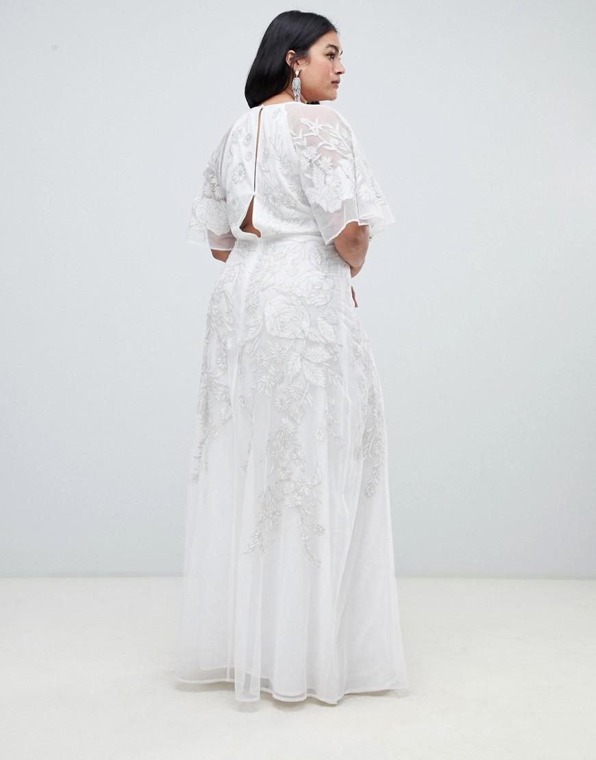 b53b4b7516cb0 Lyst - ASOS Asos Edition Curve Floral Applique Wedding Dress in White