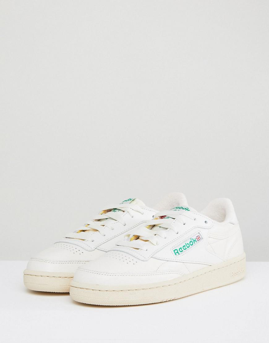 558f87c86c515 Reebok Classic Club C Vintage Trainers In Chalk With Green in Green - Lyst