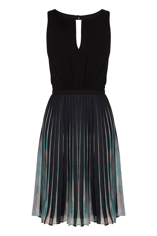 Coast Elbany Pleated Dress In Black Lyst