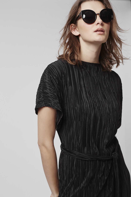 Topshop Pleated Midi Dress in Black - Lyst