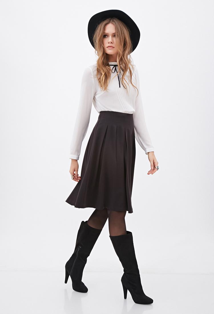 Forever 21 Contemporary Knee-length Pleated Skirt in Black | Lyst