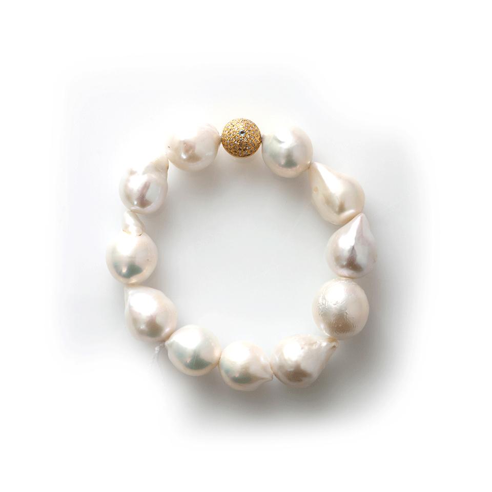 Lyst Jordan Alexander White Baroque Pearl Bracelet In