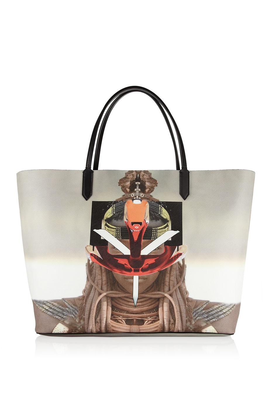 ff7a9d13e84e Lyst - Givenchy Antigona Shopping Bag in Printed Coated Canvas in Black