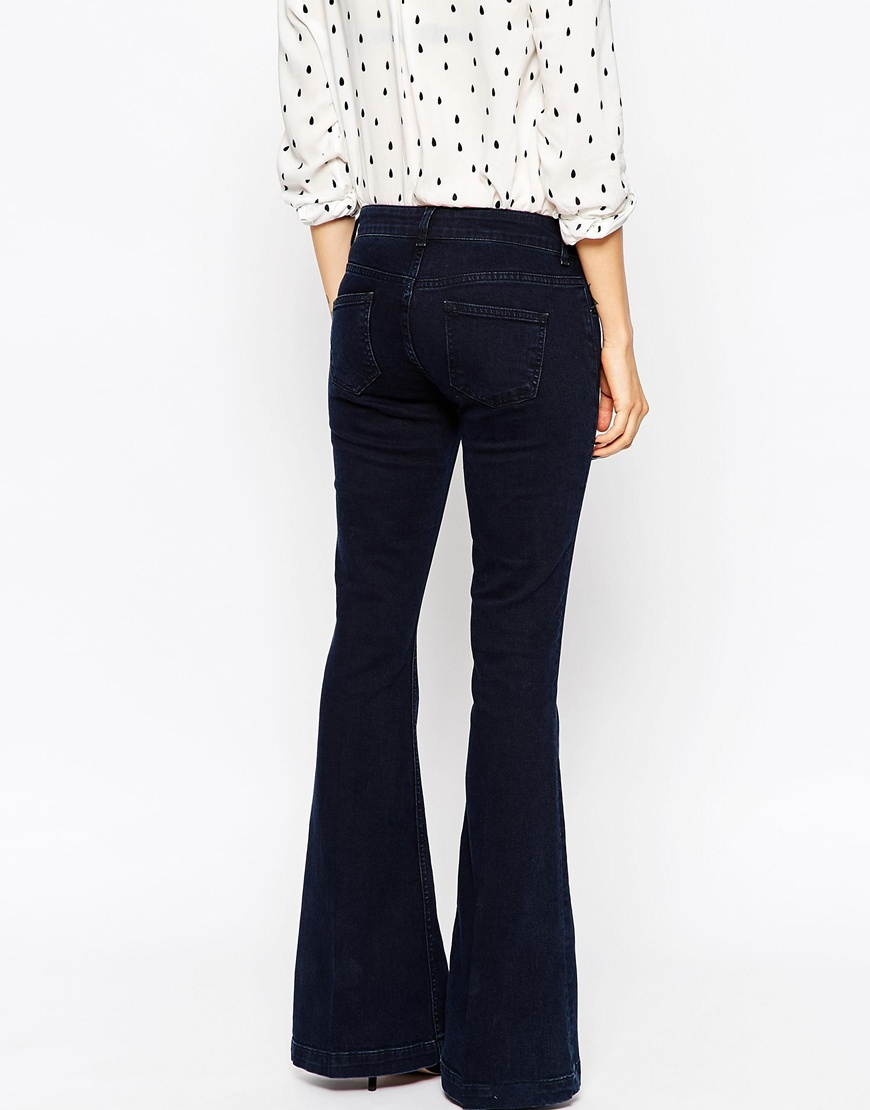 Asos Low Rise Super Flare Jeans In Dark Wash in Black | Lyst
