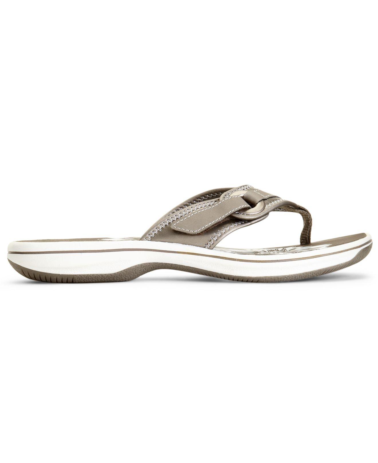3d8d3ff5a7026a Lyst - Clarks Womens Shoes Breeze Mila Flip Flops in Gray