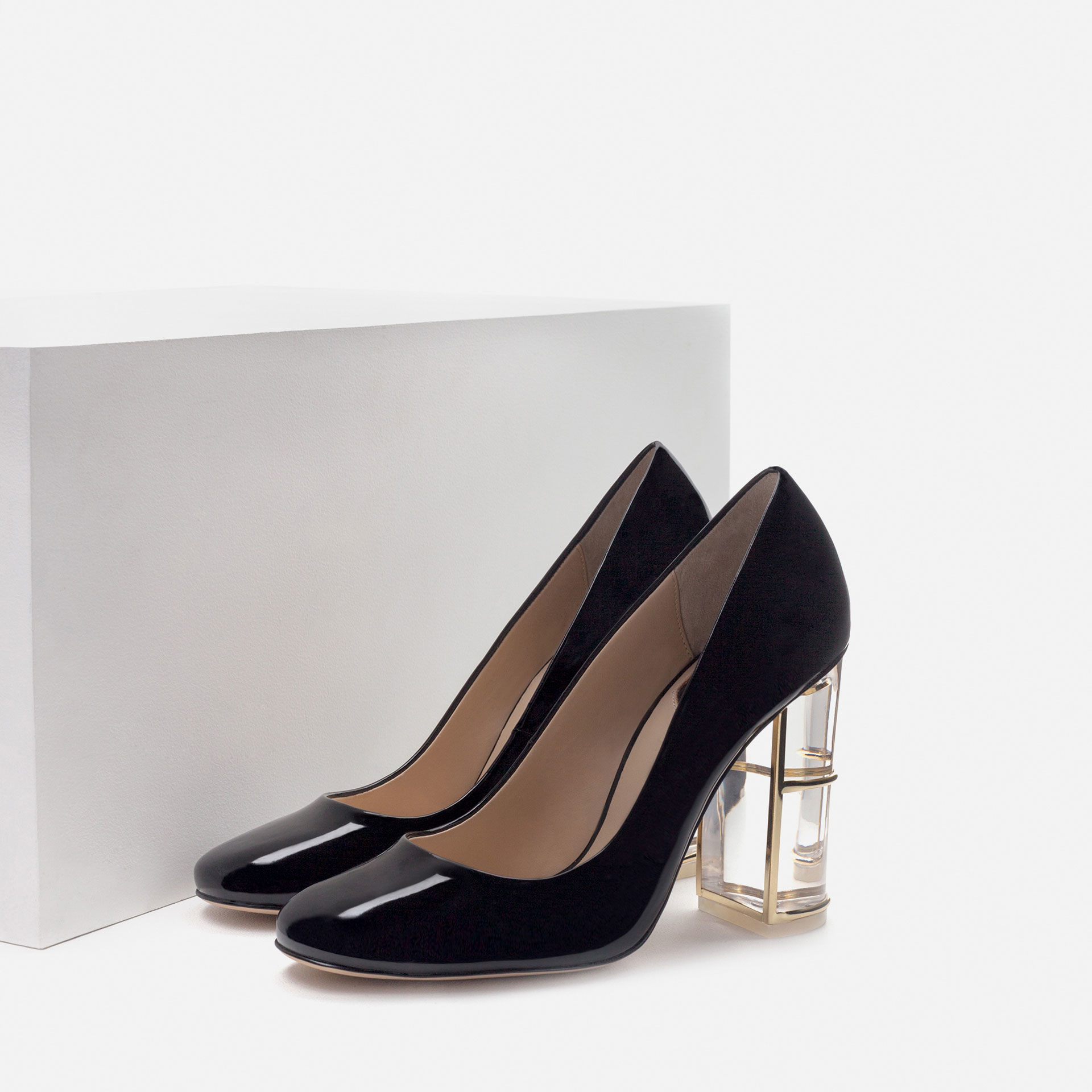 Unique Zara Glossy Flat Shoes In Black  Lyst