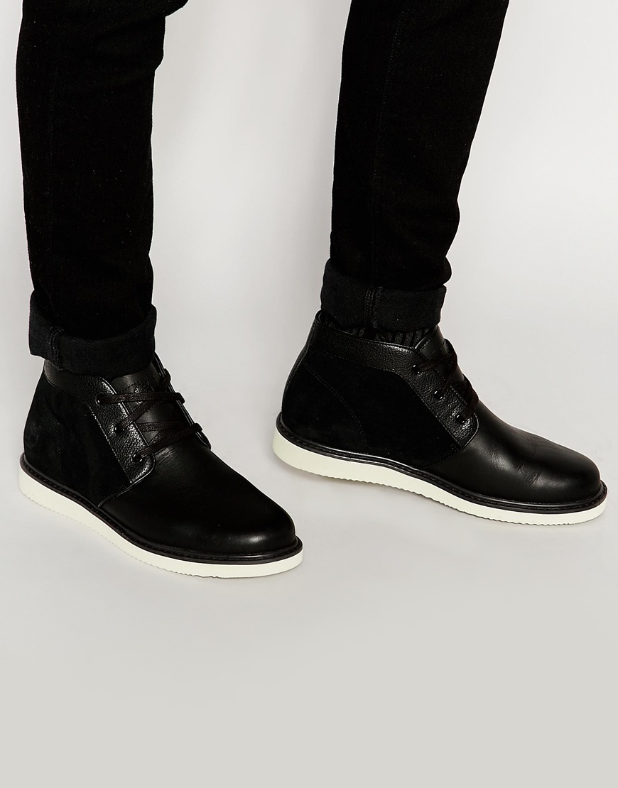 Timberland Newmarket Chukka Boots in Black for Men | Lyst