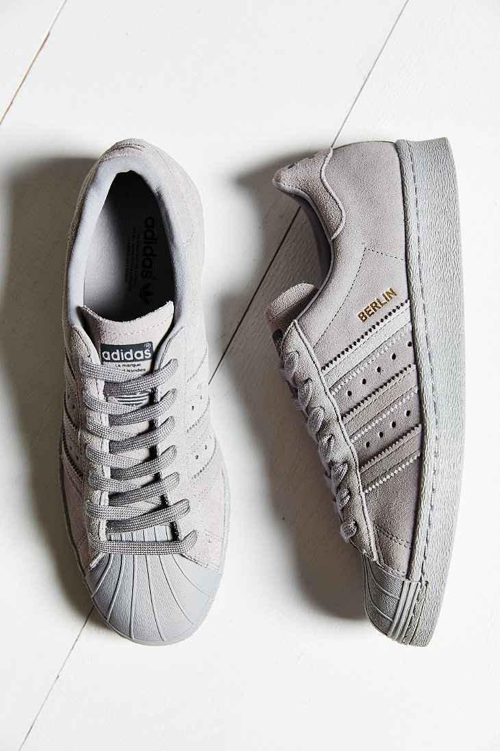 rdzxa Adidas Originals Superstar City Pack Sneaker in Gray | Lyst