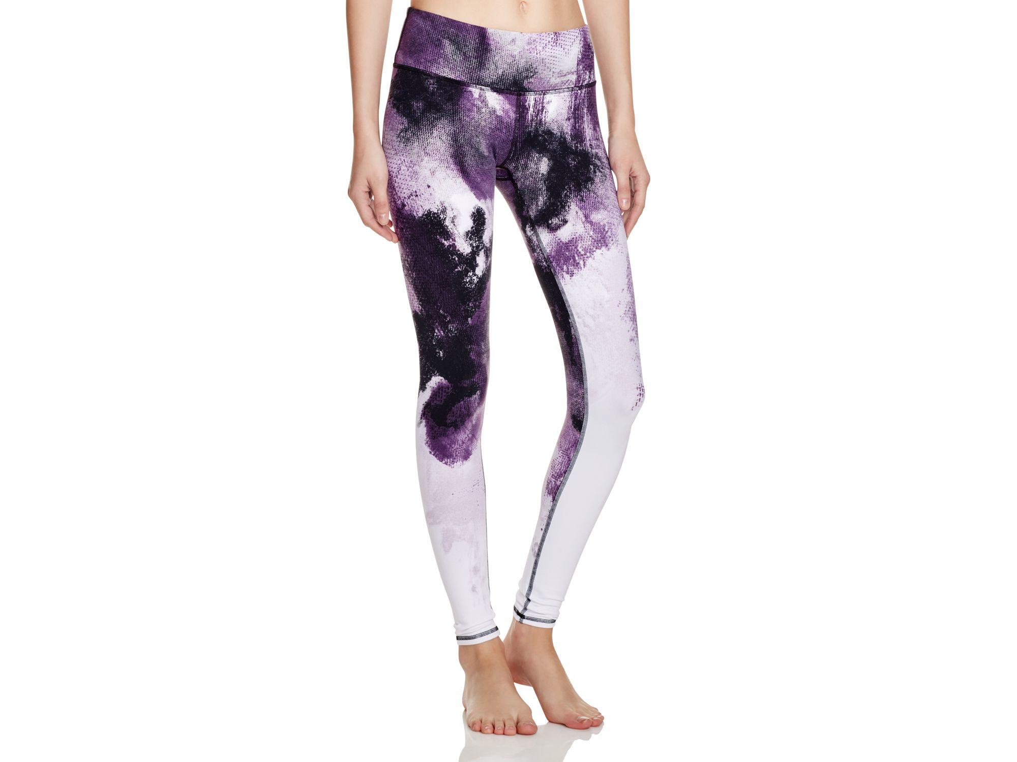 8c995fc65e Alo Yoga Airbrush Printed Leggings in Purple - Lyst