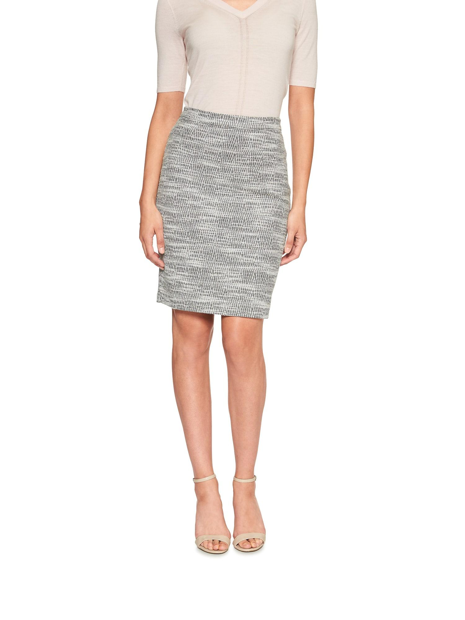 ece468642 Lyst - Banana Republic Factory Houndstooth Jacquard Pencil Skirt in Gray