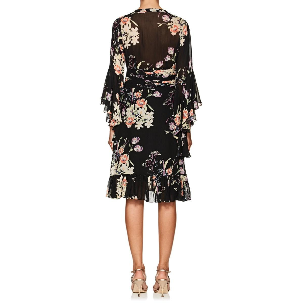 33d3fd08 byTiMo Floral Crepe Bell Sleeve Dress in Black - Lyst