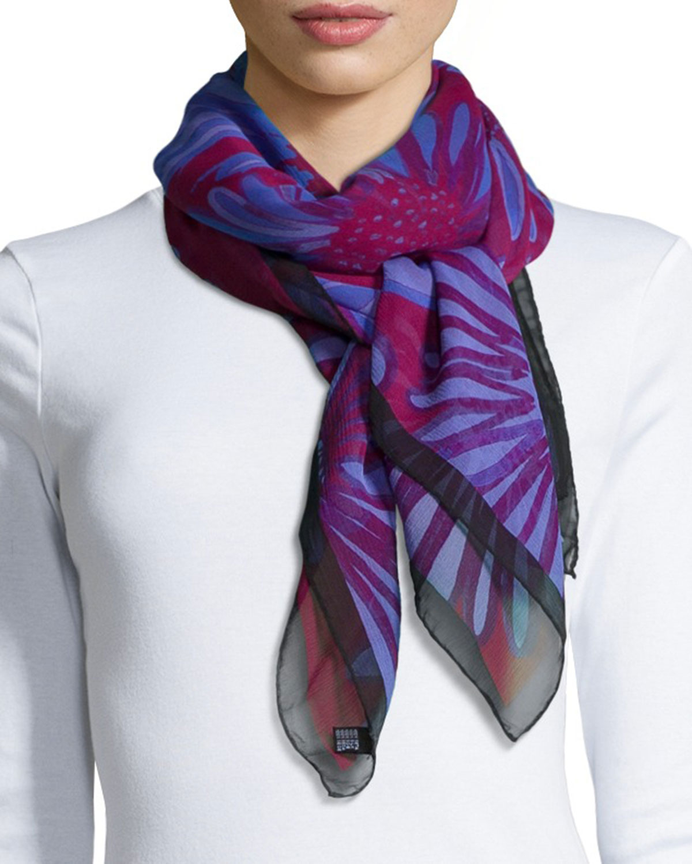 coroneo daisies classic chiffon square scarf in