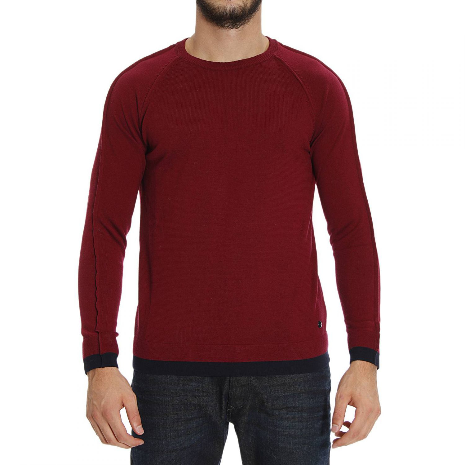 Men s Sweaters. Warm up to style with men's sweaters! Explore our fresh selection of topnotch knits from your favorite brands, at Macy's. From cozy cardigans to thick pullovers, there are plenty of sweaters to check out.