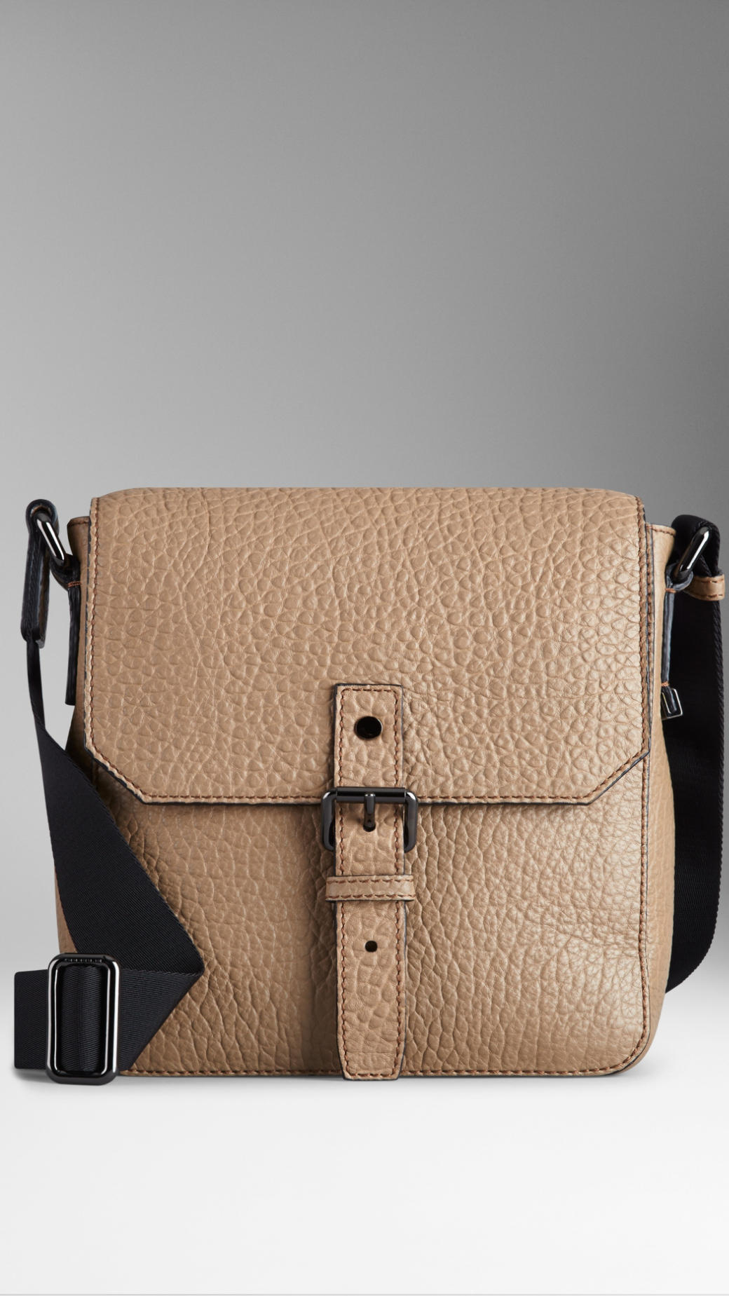 Burberry Signature Grain Leather Crossbody Bag in Natural for Men - Lyst a09bec3727396