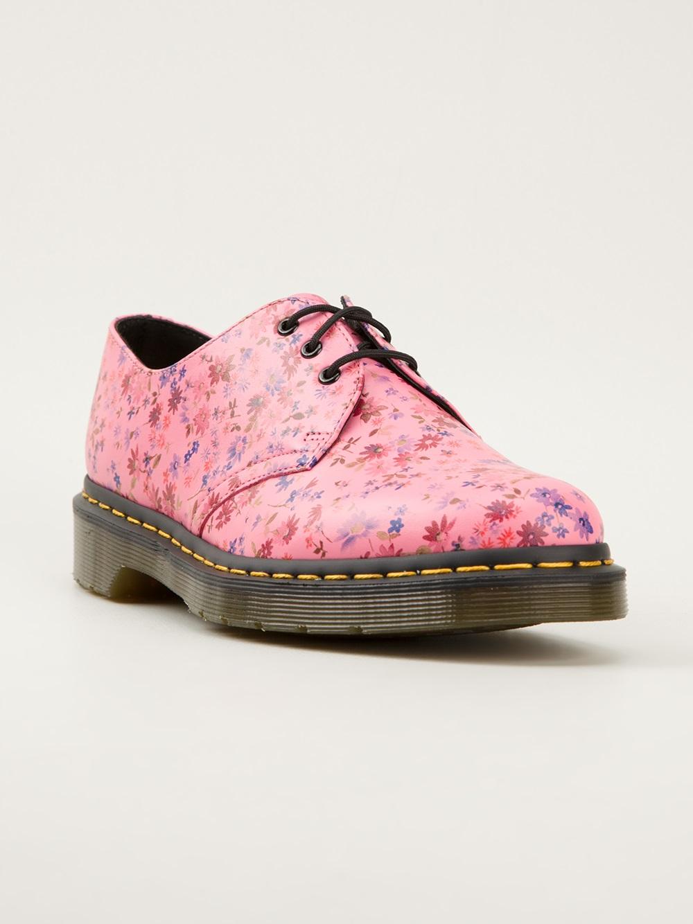 dr martens floral print derby shoes in pink pink