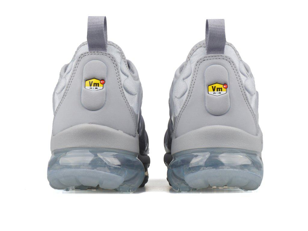 af7507d9637 Lyst Nike Air Vapormax Plus In Grey For Males