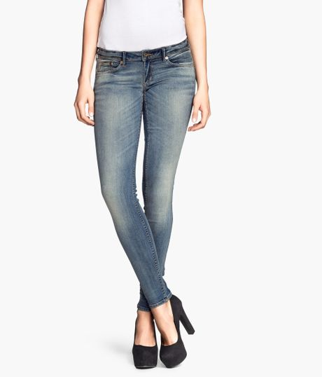 h m super skinny super low jeans in blue light denim blue. Black Bedroom Furniture Sets. Home Design Ideas