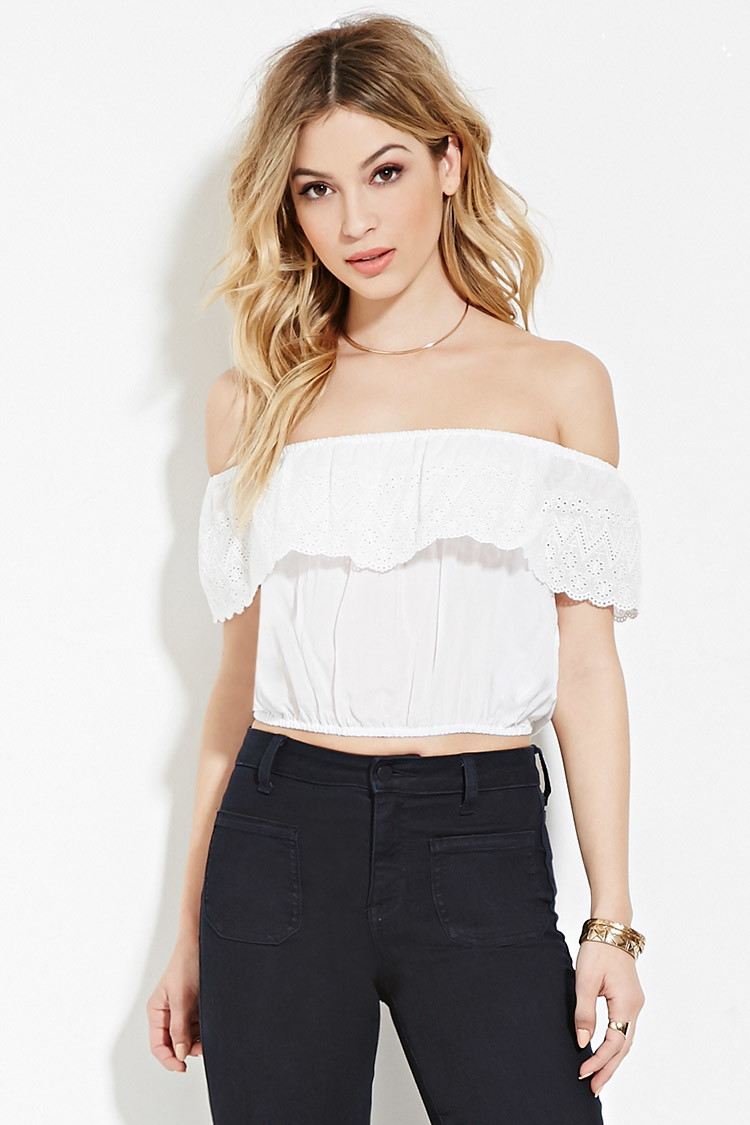 Off the shoulder cropped frill top. A must-have summer item. Perfect for the beach or by the pool OR dress it up for a night out. Thank you for shopping ljc x. Off the shoulder cropped frill top. A must-have summer item. Perfect for the beach or by the pool OR dress it up for a night out.