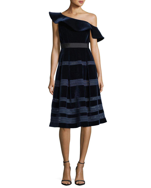 7214029d44da Lyst - Self-Portrait Off-the-shoulder Velvet Midi Cocktail Dress in Blue