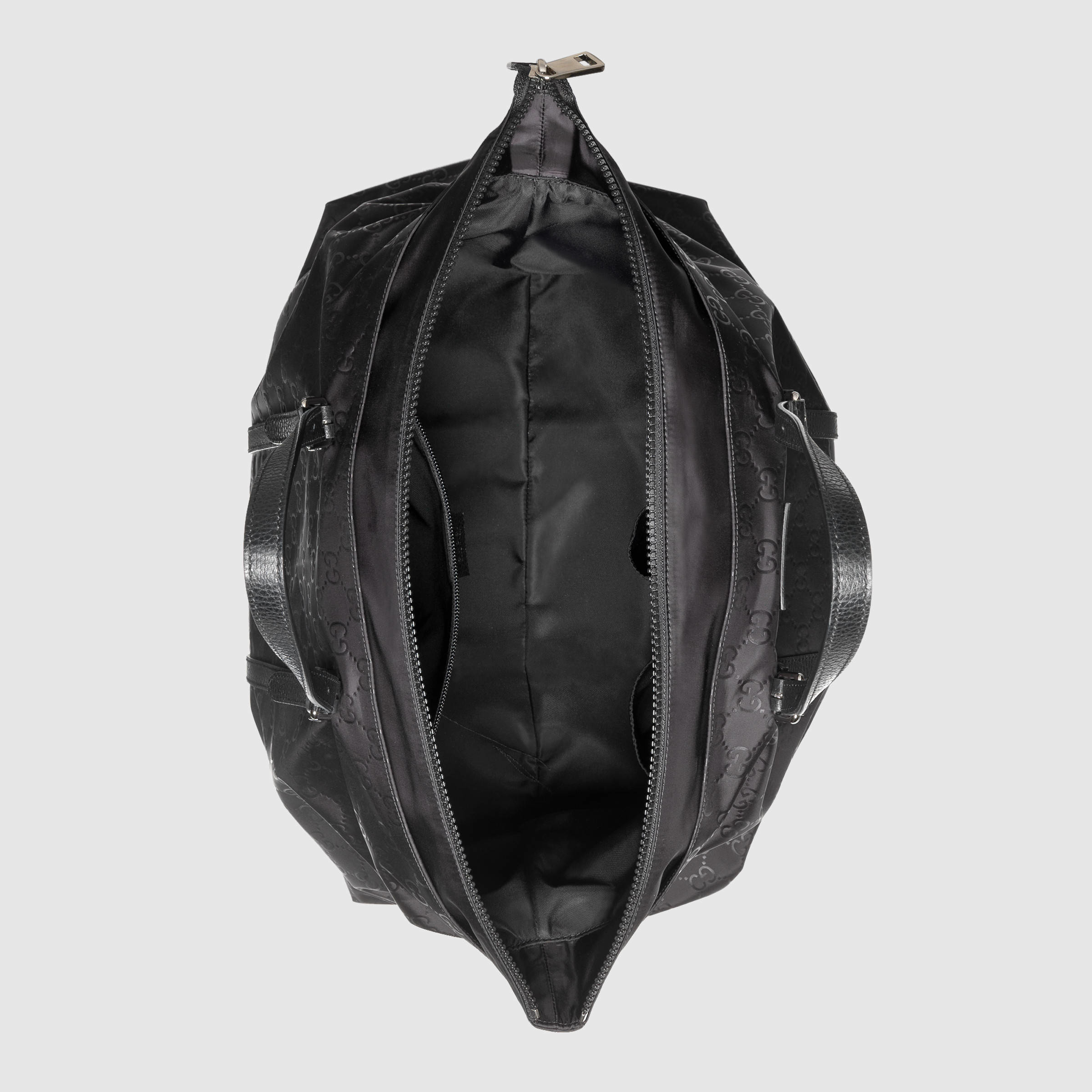 dfbc62c6305 Gucci Nylon Ssima Light Duffle Bag in Black for Men - Lyst