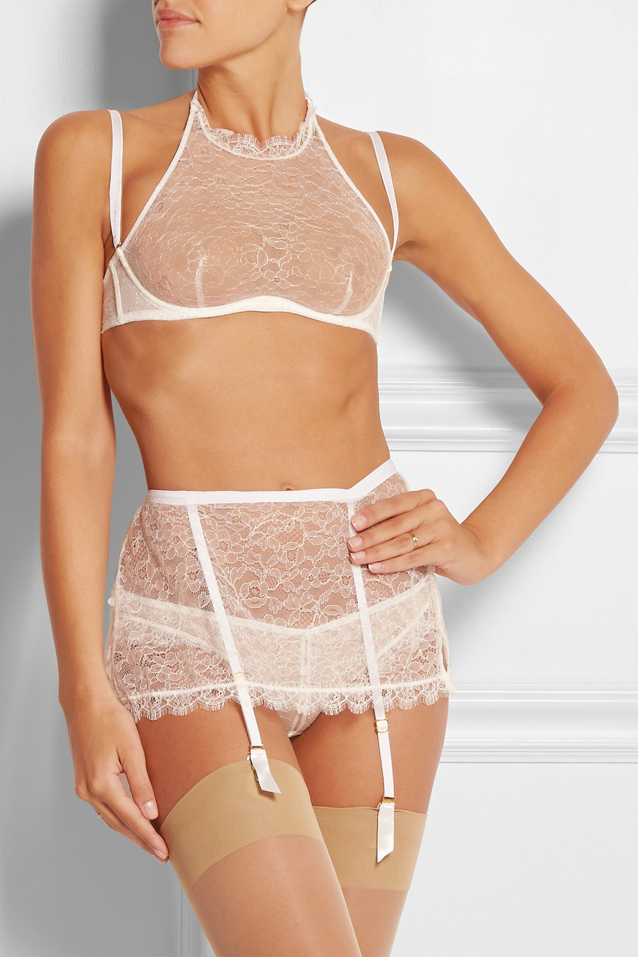 540cf39782 Agent Provocateur Annoushka Lace Underwired Bra in White - Lyst