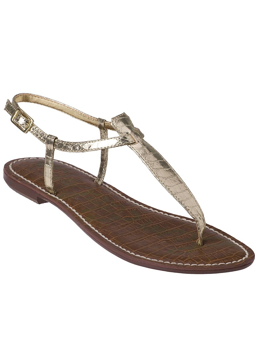 Explore an expansive selection of women's shoes, boots, sandals, clogs and more all backed by a 60 day satisfaction guarantee from Walking On A Cloud from Walking On A Cloud.