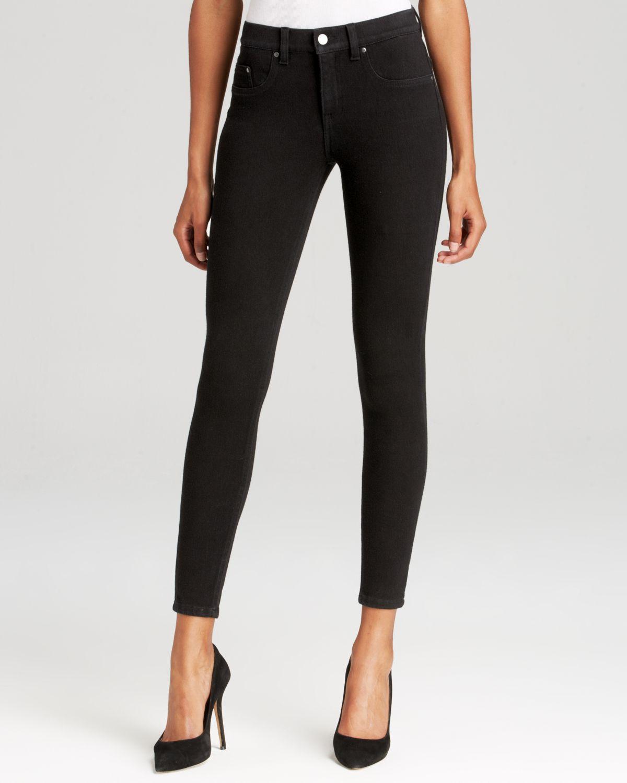 Spanx Spanx® Denim Super Skinny Jeans In Black in Black | Lyst