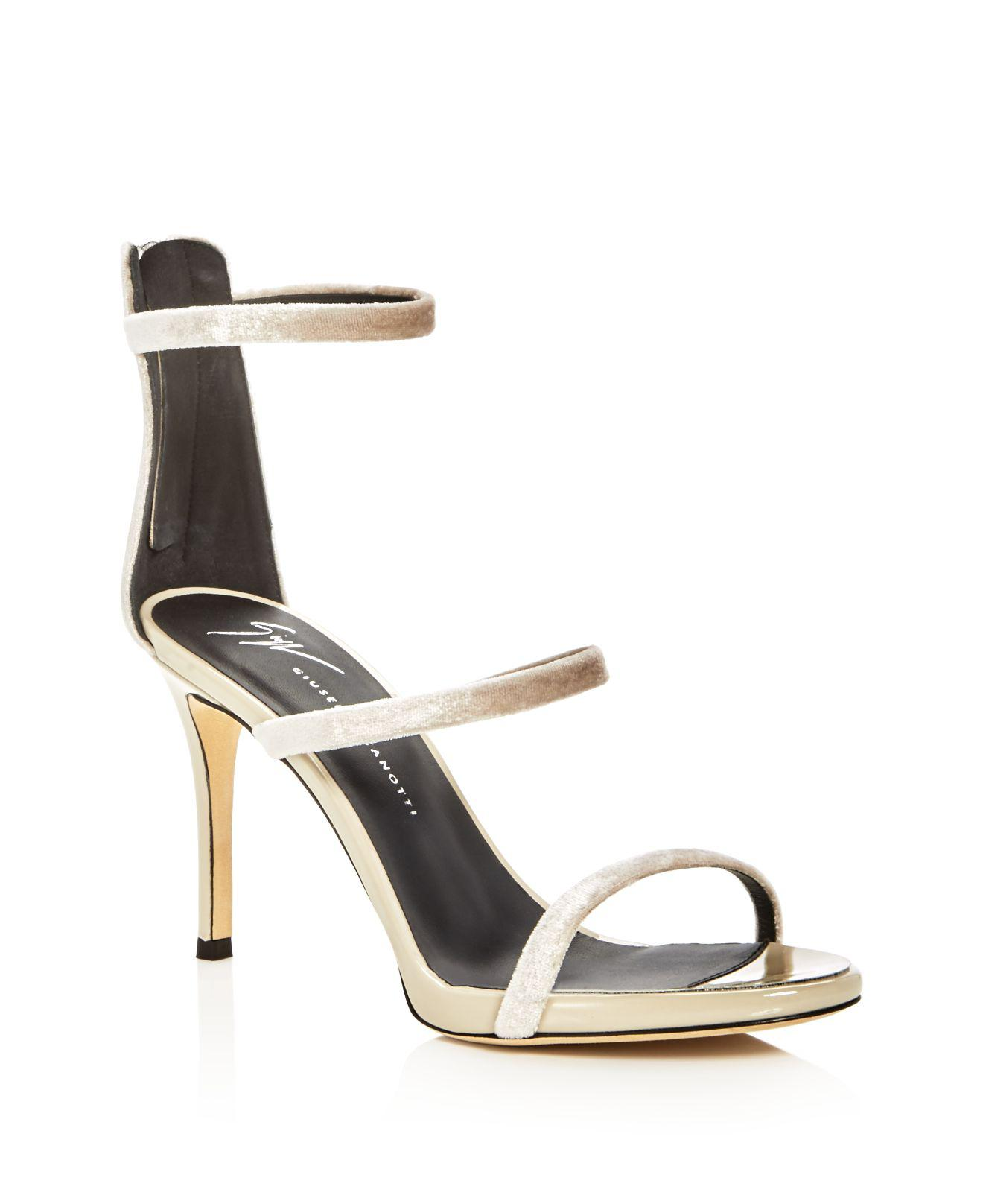 Alien Crystal-embellished Velvet And Patent-leather Slingback Sandals - Black Giuseppe Zanotti may1z