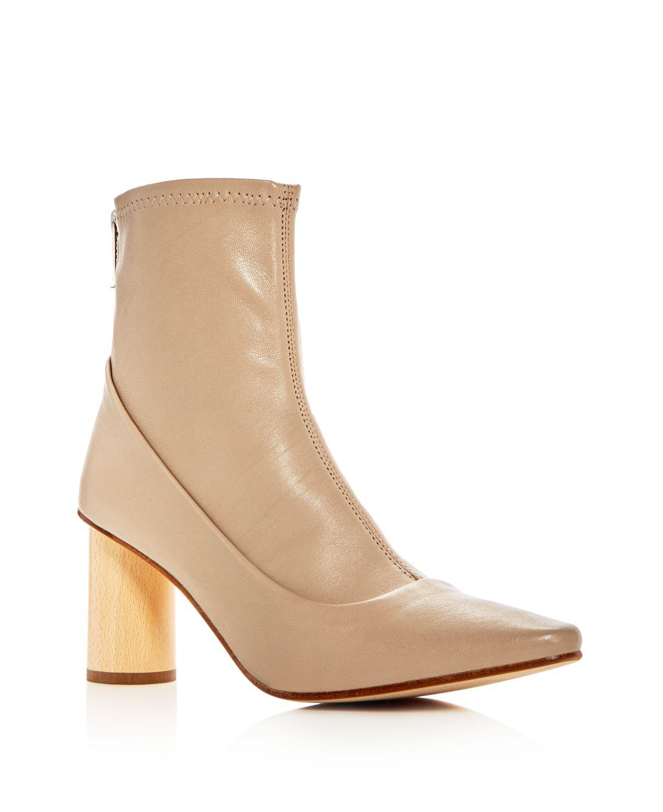 LOQ Women's Vero Leather Pointed Toe Booties Hot Sale Free Shipping New Arrival For Sale Cheap Sale With Paypal Brand New Unisex Online OAXr7