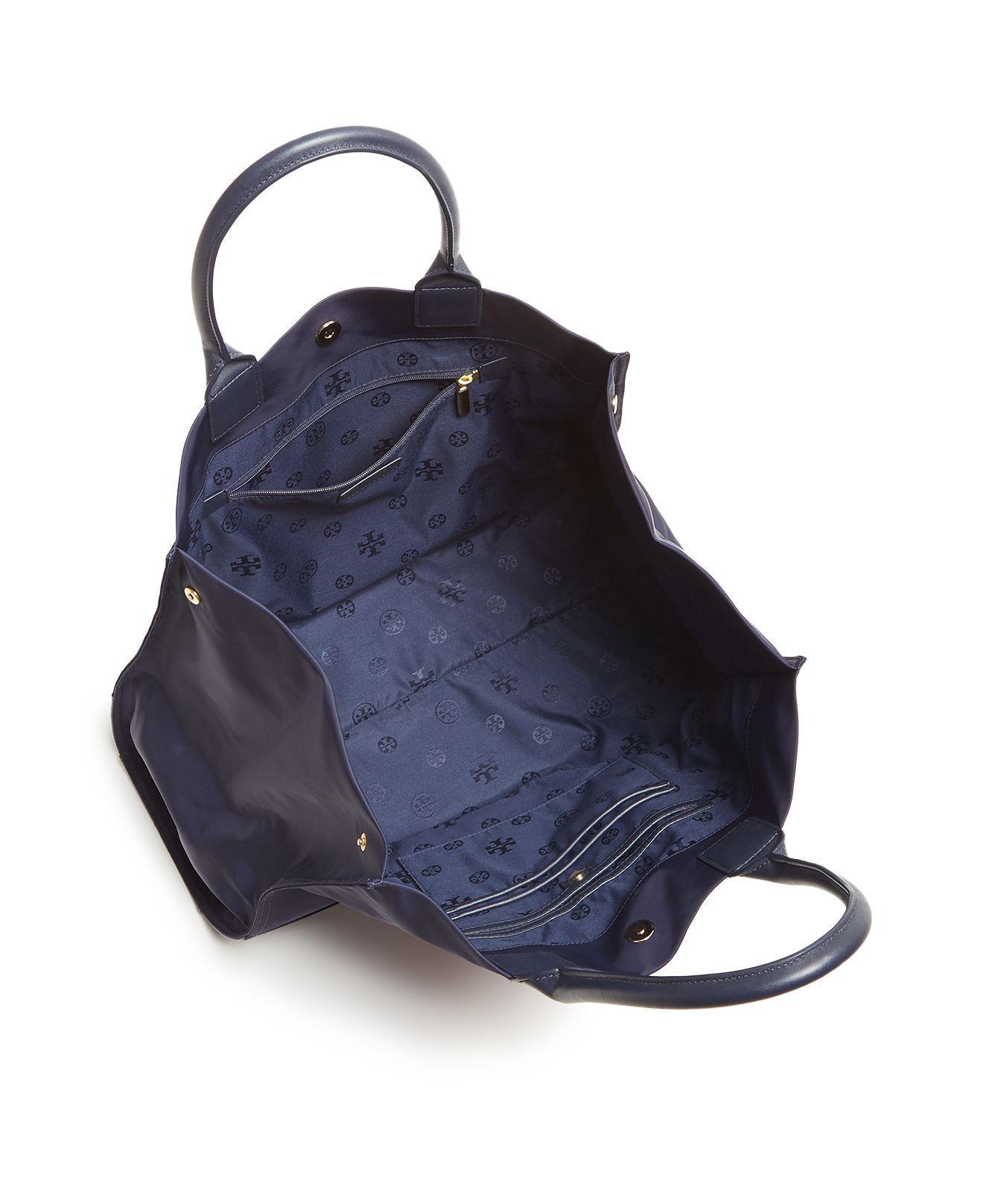 c55aa483499 Lyst - Tory Burch Ella Beaded Logo Tote in Blue