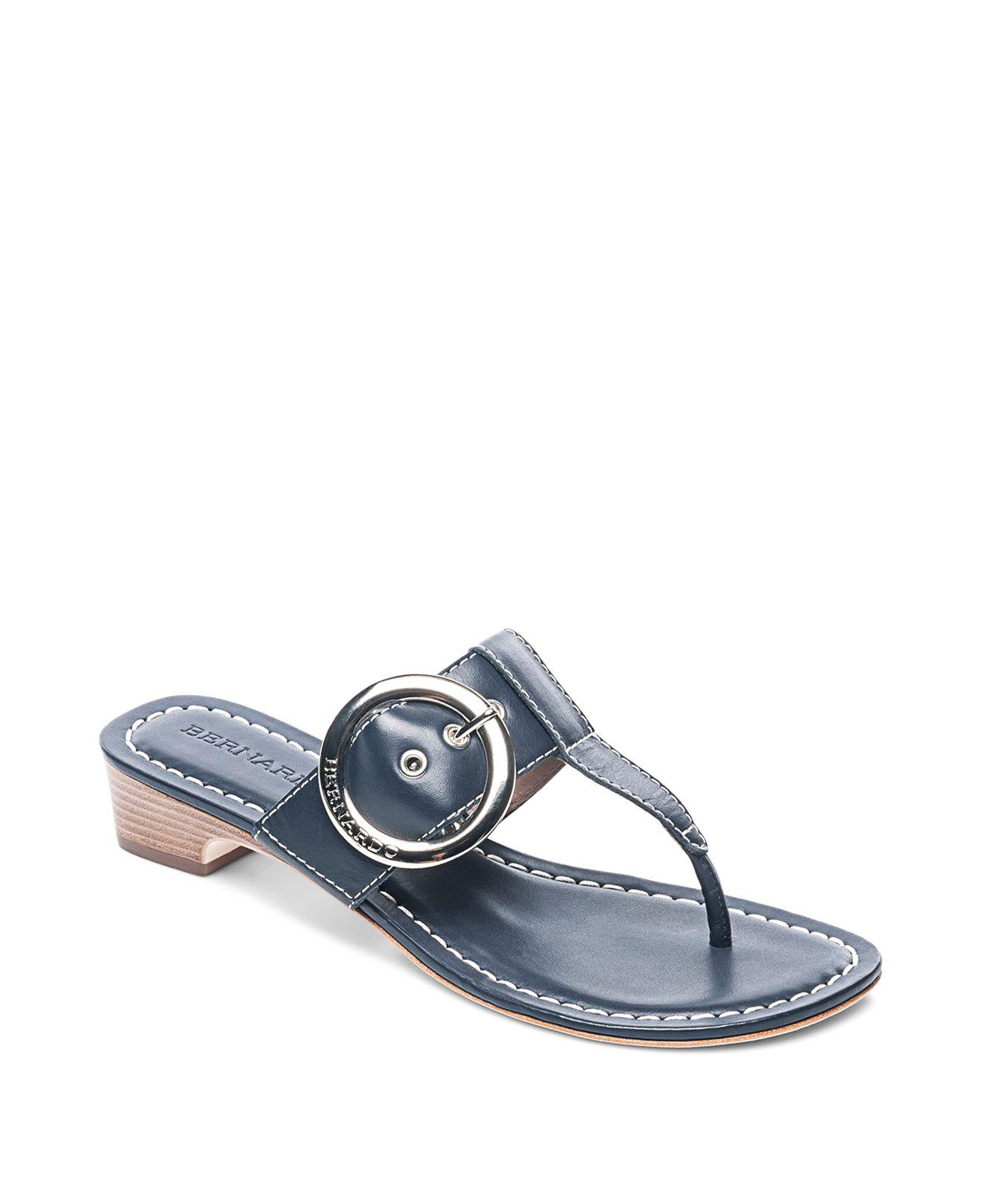 Bernardo Women's Leather Buckle Block Heel Thong Sandals Quality From China Cheap Factory Outlet Cheap Online Clearance Websites WJfRO6c