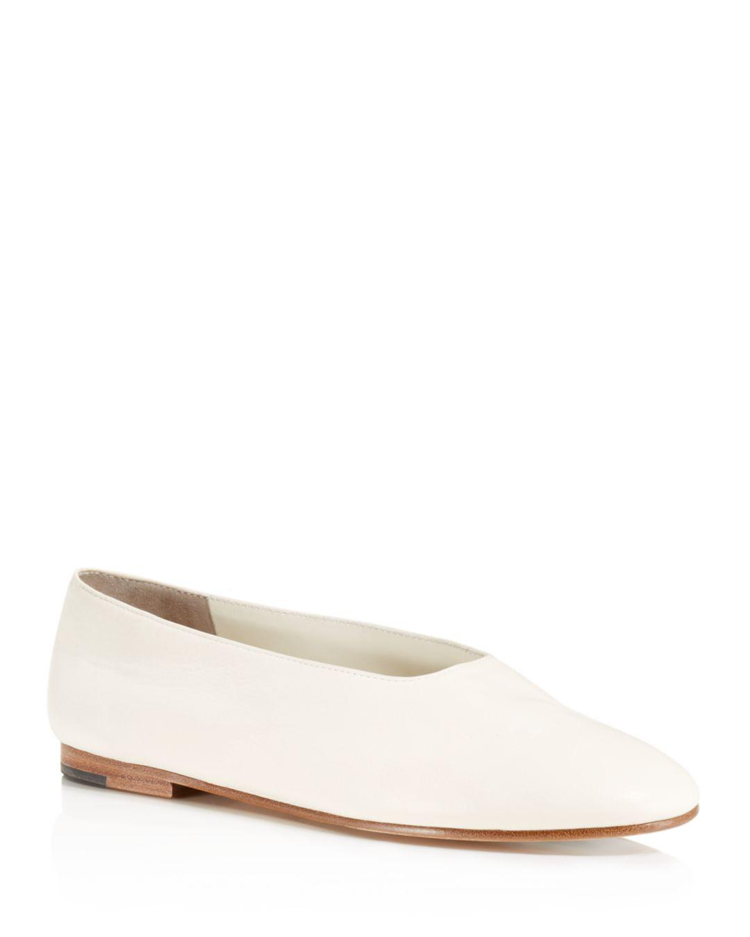 2898fc867 Vince Women's Maxwell Leather Flats in Natural - Lyst