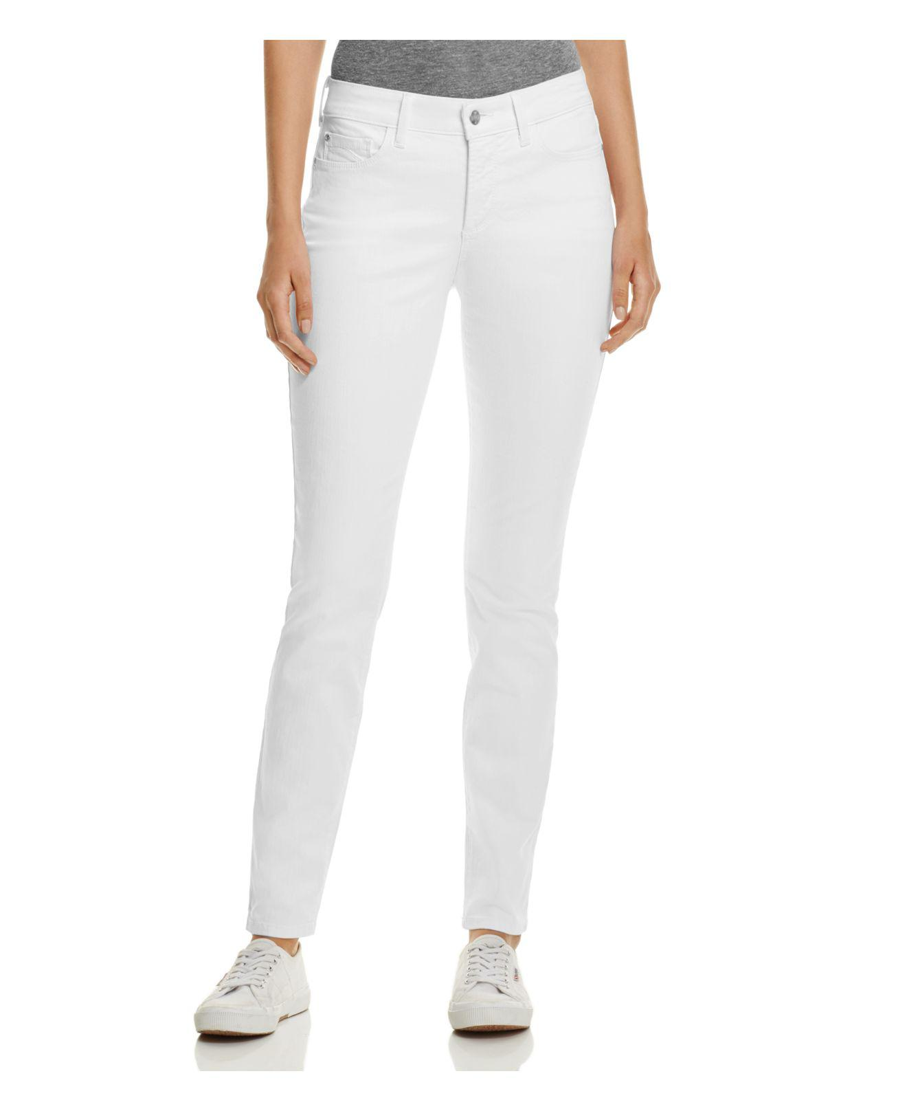 0aac985f87a67 Gallery. Previously sold at: Bloomingdale's · Women's White Jeans ...