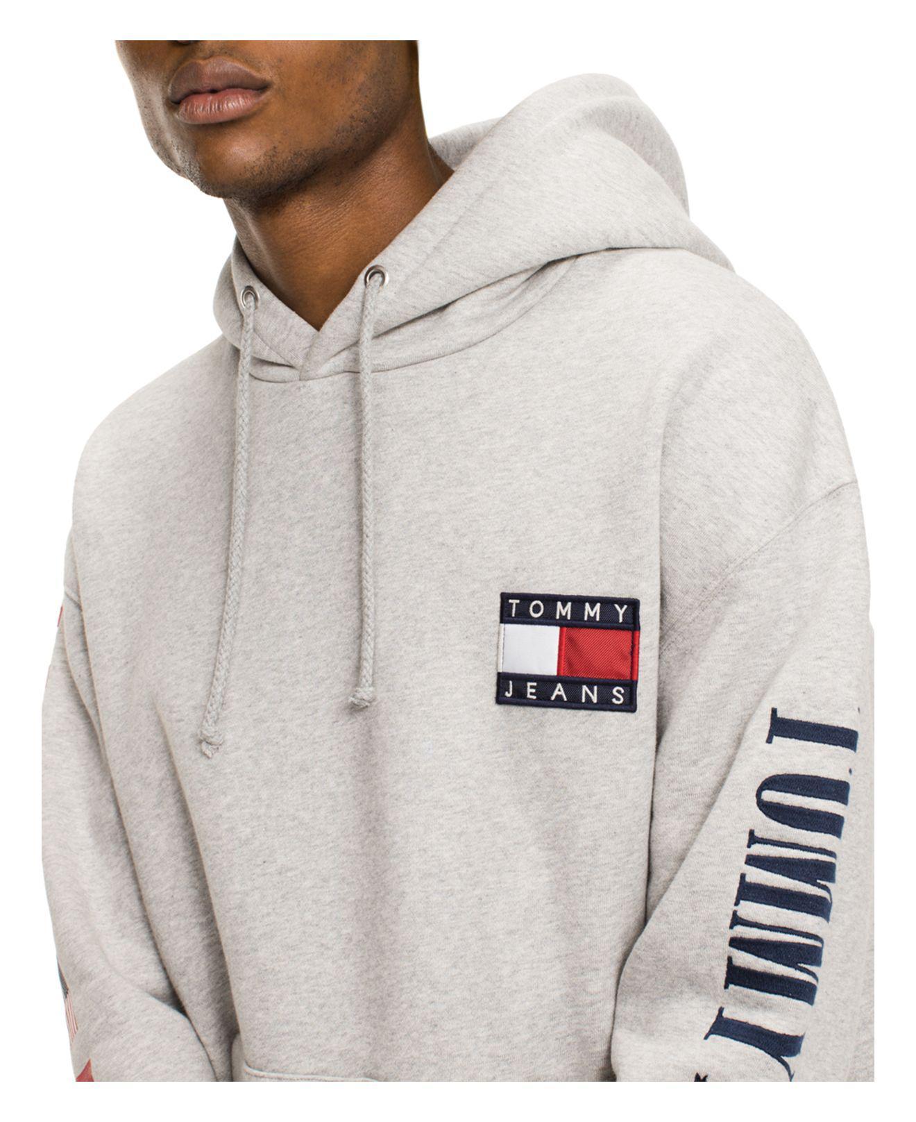 Lyst - Tommy Hilfiger Tommy Jeans 90 s Logo Hooded Sweatshirt in ... d184823bd