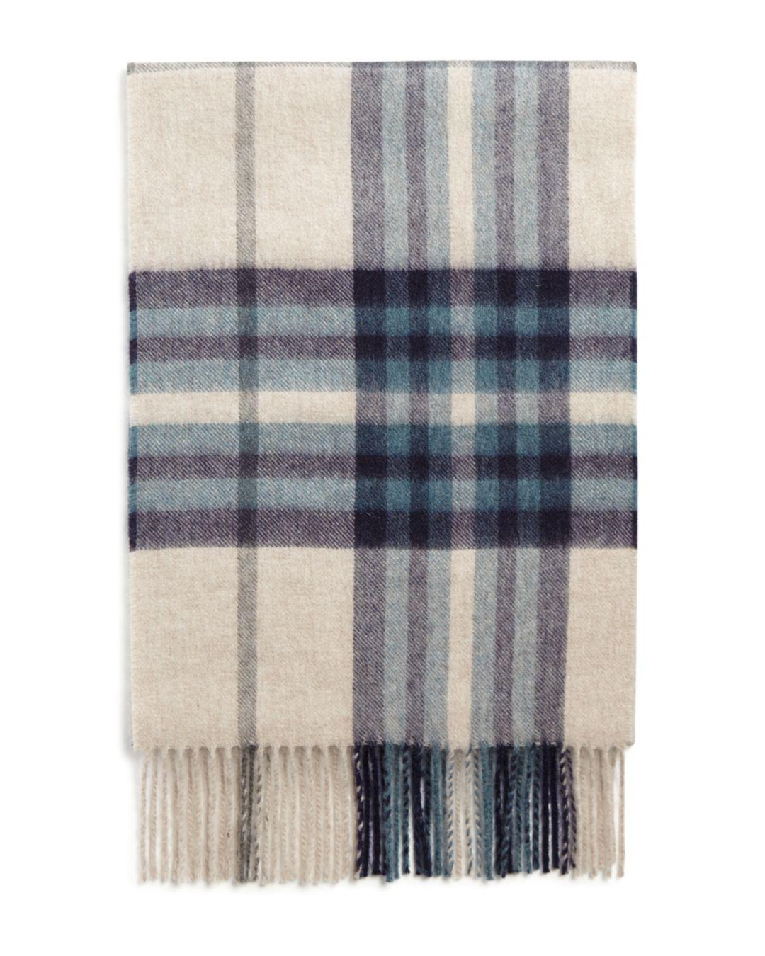 c0c97fbbaa559 Gallery. Previously sold at: Bloomingdale's · Men's Cashmere Scarves ...
