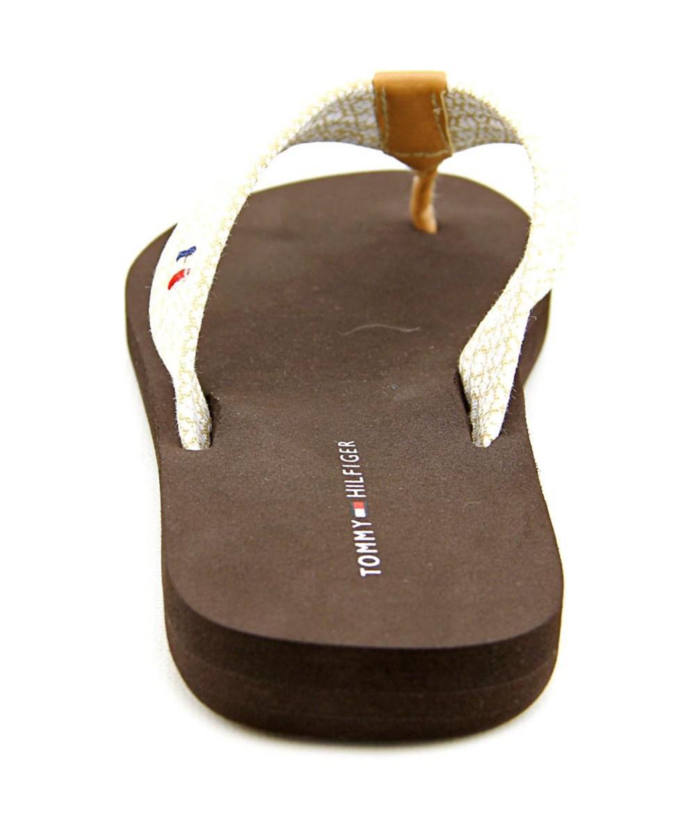 bea838fa2 Lyst - Tommy Hilfiger Cabers-x Women Open Toe Canvas Brown Flip Flop ...