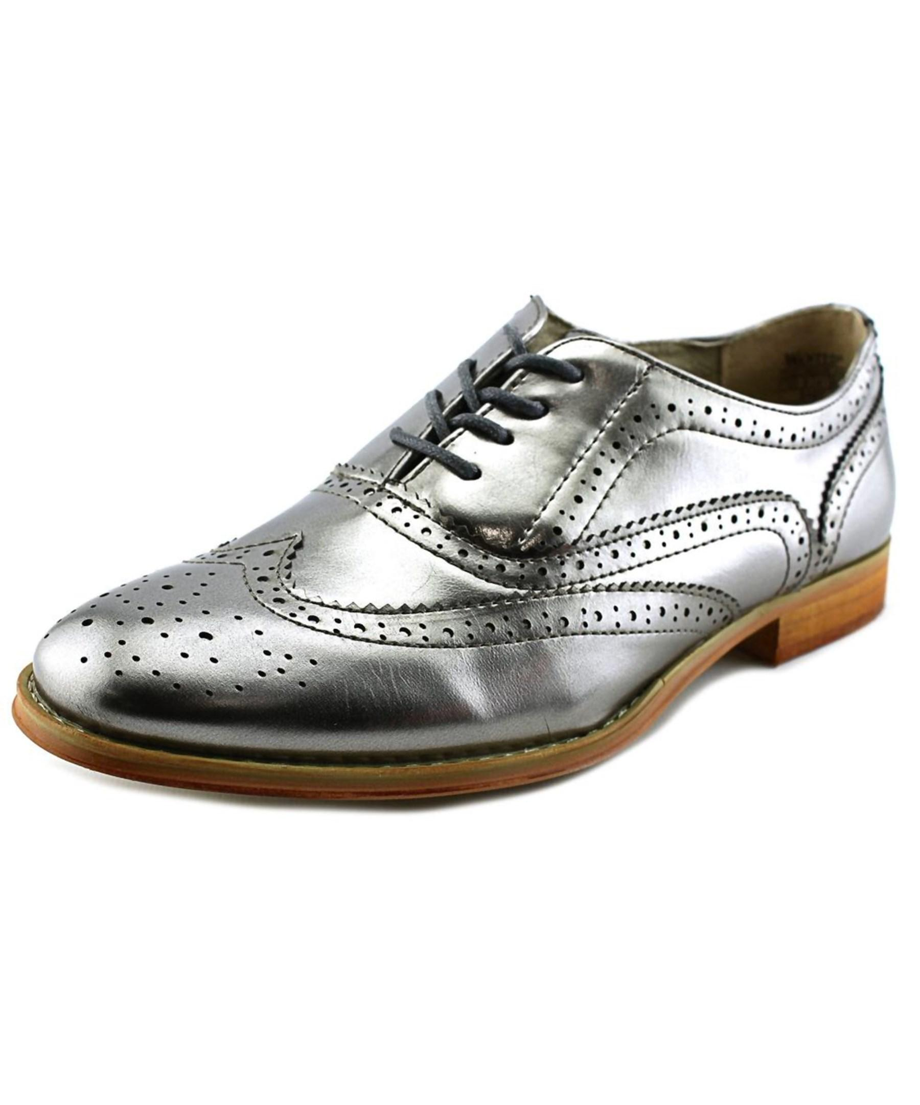 Wanted Babe Women Moc Toe Synthetic Silver Oxford In Metallic | Lyst