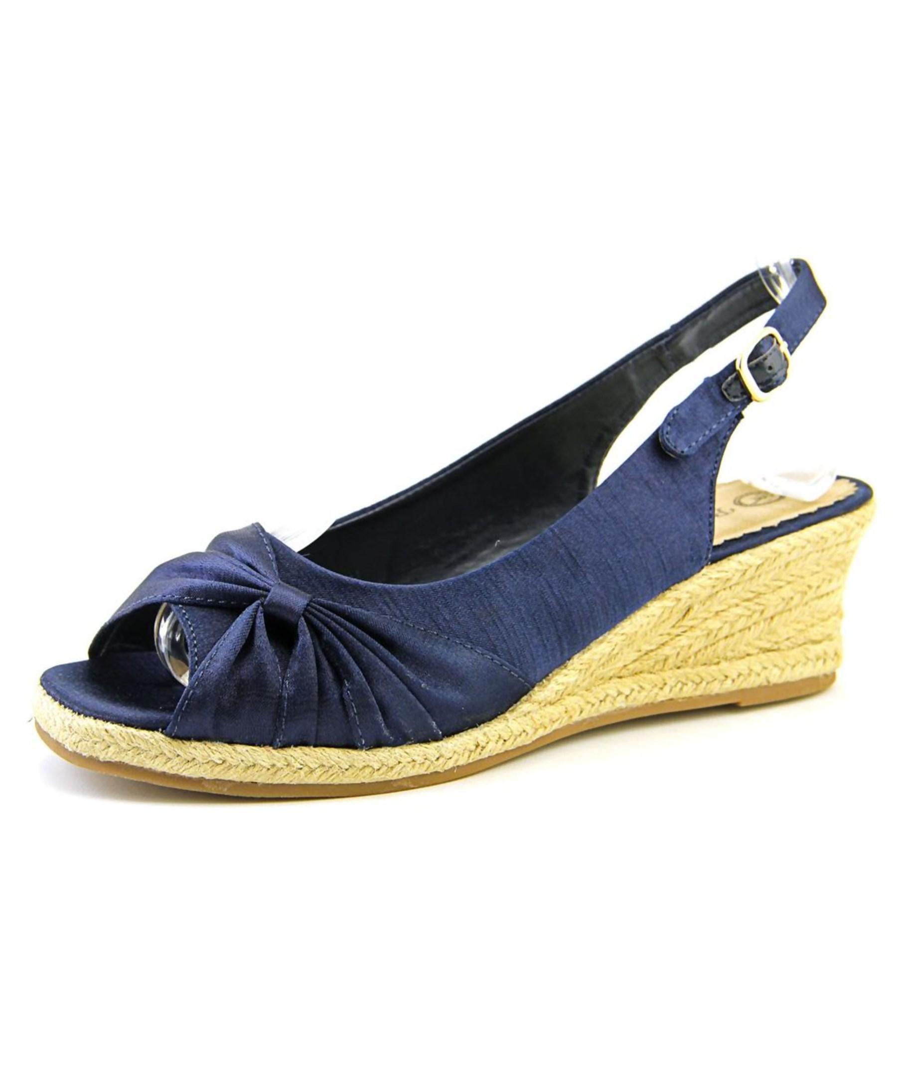 vita sangria w open toe canvas blue wedge