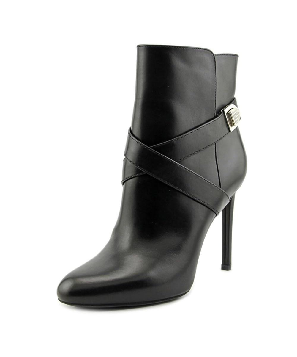 Dior Blason Low Boots Women Round Toe Leather Black Ankle Boot in ...