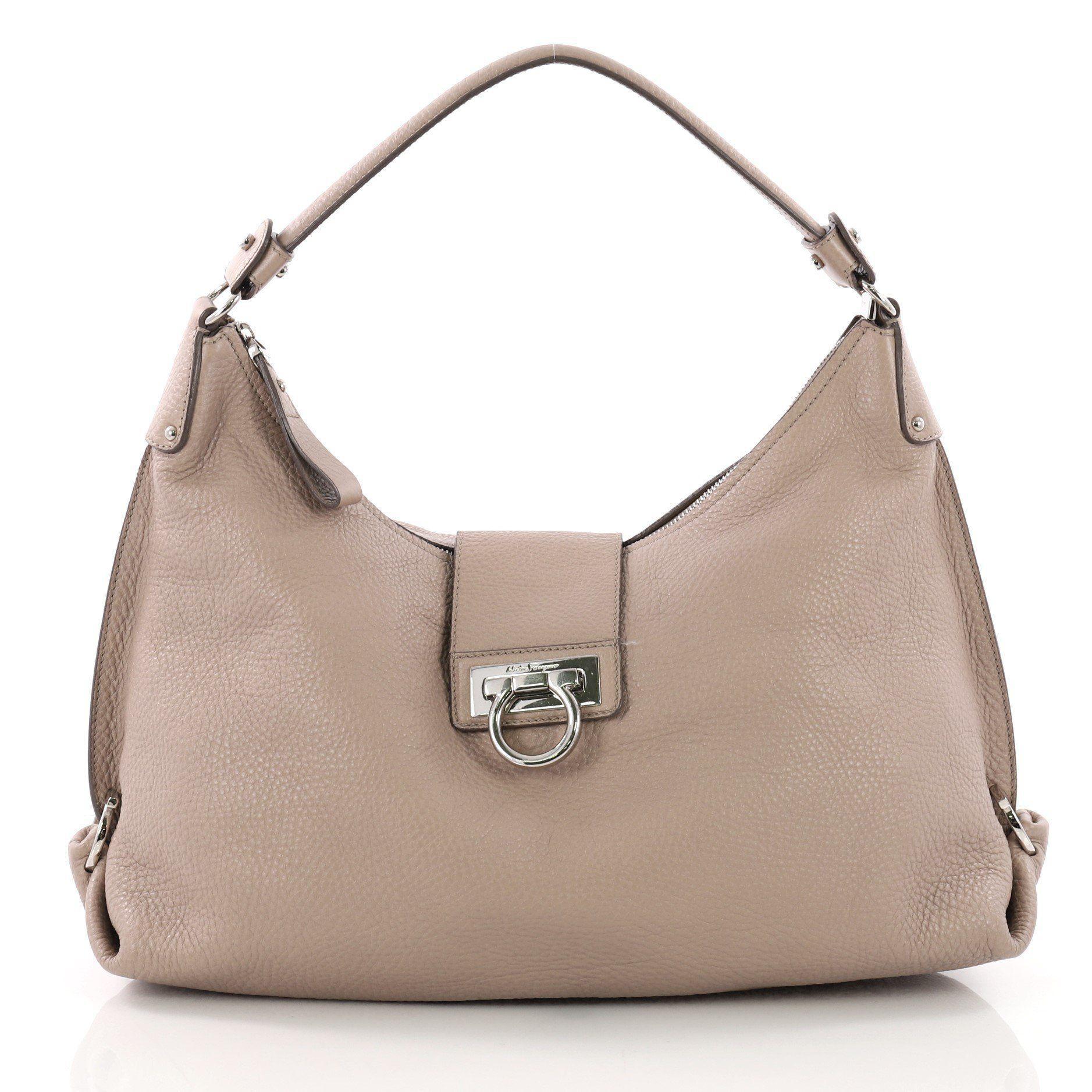 951ecdabf58e Lyst - Ferragamo Pre Owned Fanisa Hobo Leather Medium