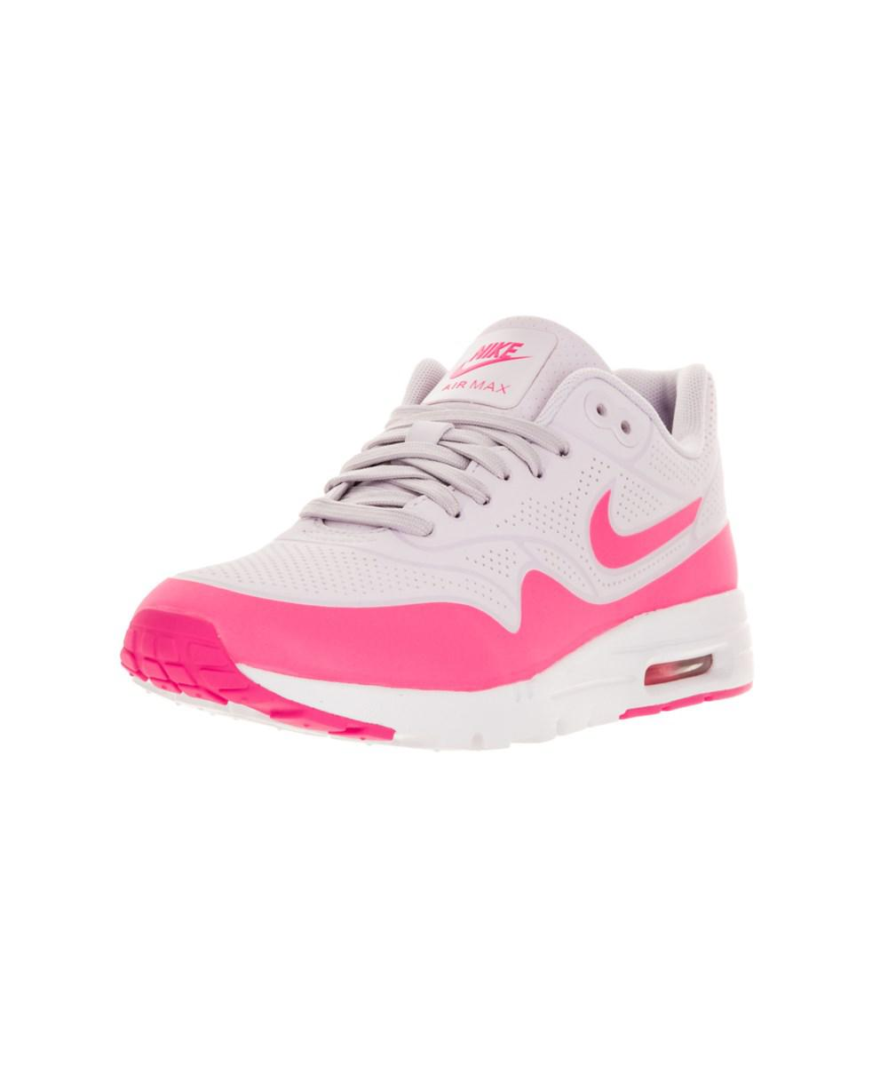 outlet store cdb60 8b207 Gallery. Previously sold at  Bluefly · Women s Nike Air Max ...