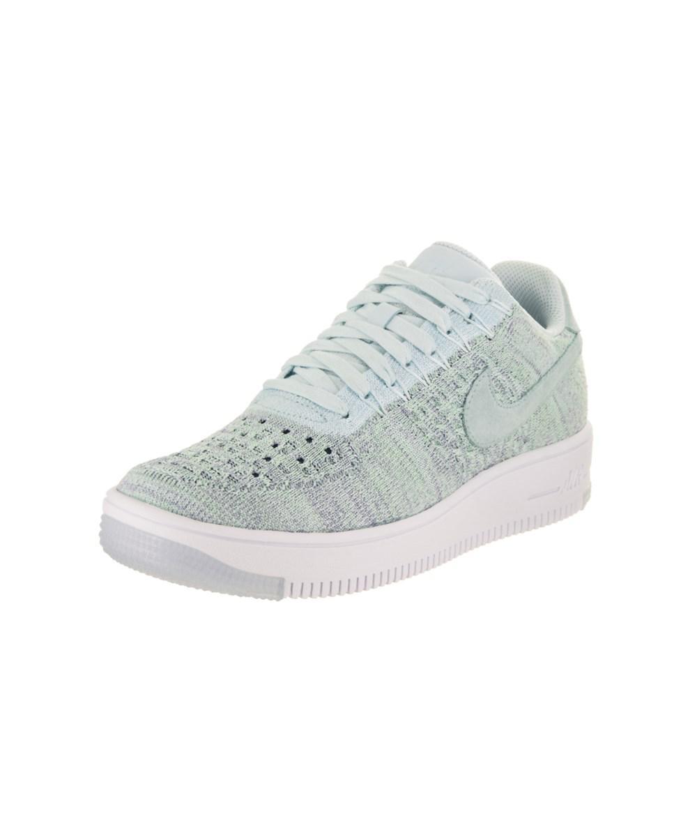 Lyst Mujeres Zapato Nike Af1 Flyknit Bajo Zapato Mujeres Casual En Azul 3de721